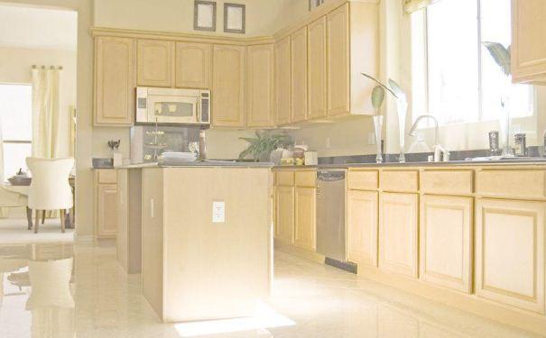 家居厨房瓷砖如何选购 家居厨房瓷砖选购技巧