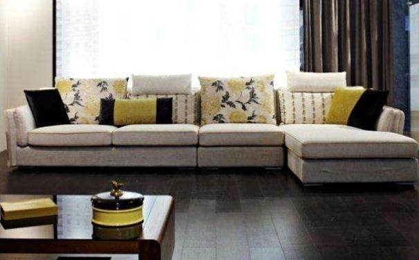 小户型客厅沙发如何摆放 小户型客厅沙发摆放技巧
