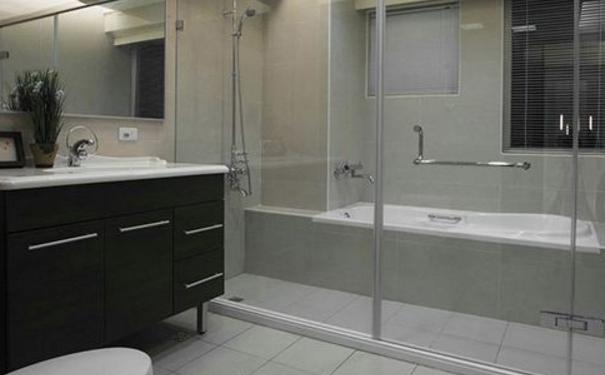 武汉卫生间墙面漏水怎么办 卫生间墙面漏水原因及补漏方法