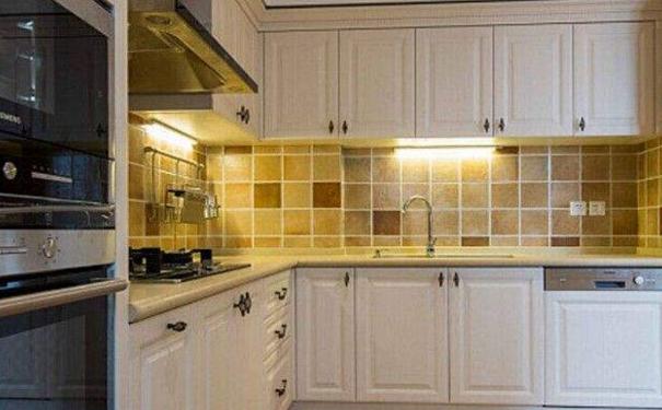 绍兴简约风格厨房如何设计 简约风格厨房装修技巧
