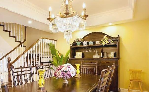 泉州别墅餐厅灯饰哪种好 别墅餐厅吊灯设计