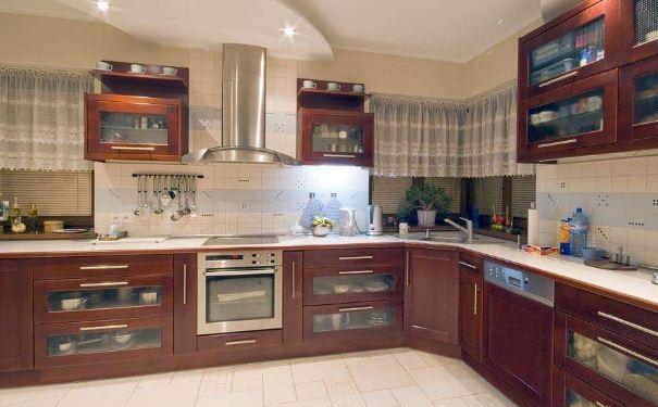 15平欧式整体厨房如何装修 15平欧式整体厨房装修方案
