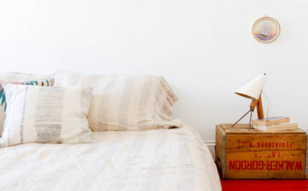 上海床头柜怎么装修 创意床头柜设计